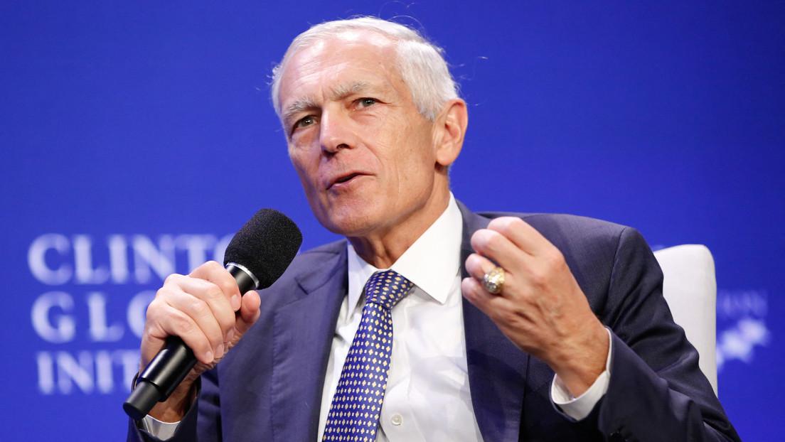 Ex-NATO-Kommandeur Clark zu Besuch im Kosovo: Beeindruckende Fortschritte auf dem Weg zur Demokratie