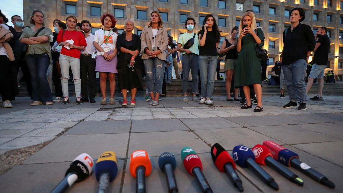 Tiflis: Tausende Georgier fordern nach Tod eines Journalisten Rücktritt der Regierung