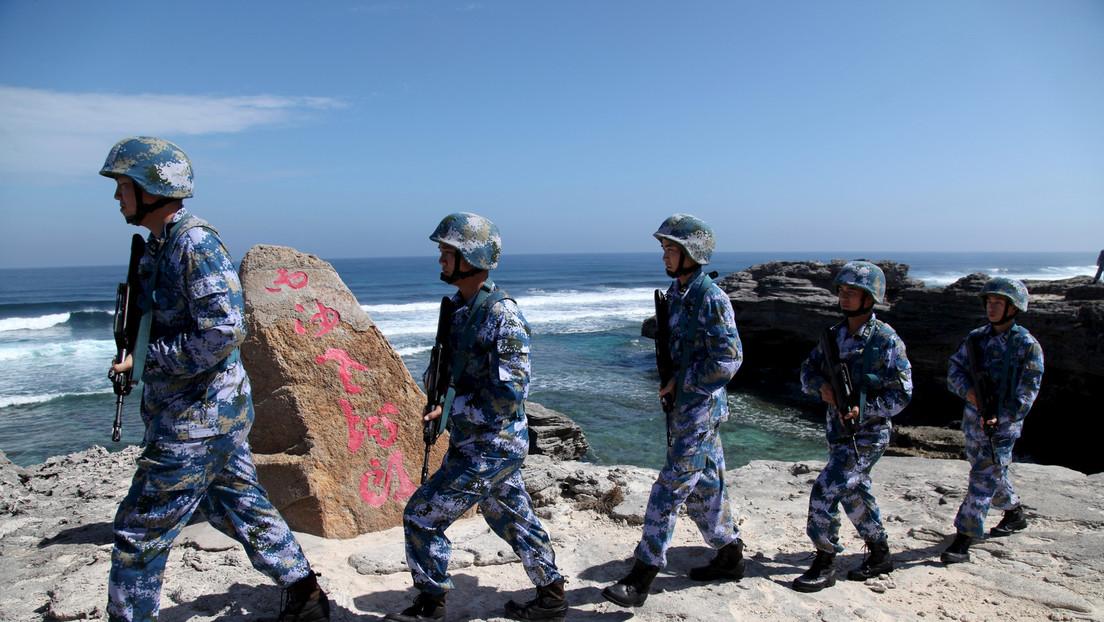 Chinas Marine vertreibt US-Kriegsschiff aus Südchinesischem Meer und fordert Ende der Provokationen