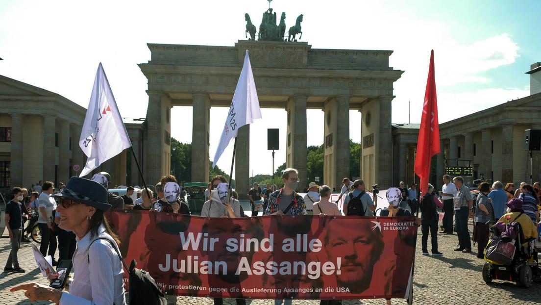 Offener Brief: Merkel soll bei Biden-Besuch gutes Wort für Assange einlegen