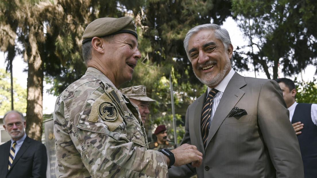 Kapitulierende afghanische Soldaten: Befehlshaber der US-Truppen in Afghanistan gibt das Kommando ab