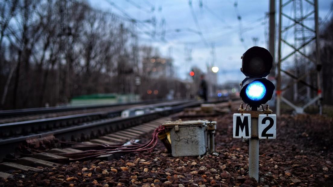 Bahnbrechende Diplomatie: US-Diplomat in Russland bei Diebstahl an Bahngleisen erwischt