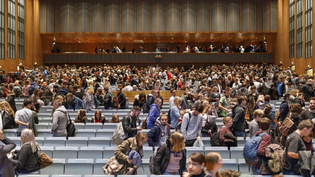 Rückkehr der Studenten in den Hörsaal: NRW-Hochschulrektoren fordern hohe Impfquote