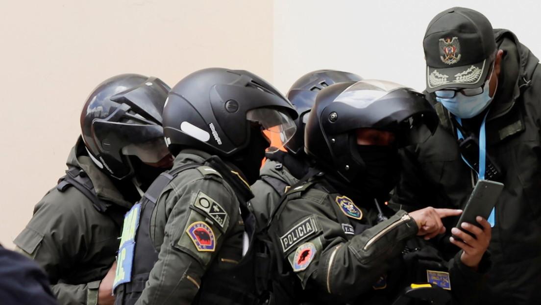 Bolivianische Polizei findet argentinische Waffen für Putsch-Regierung von Jeanine Áñez