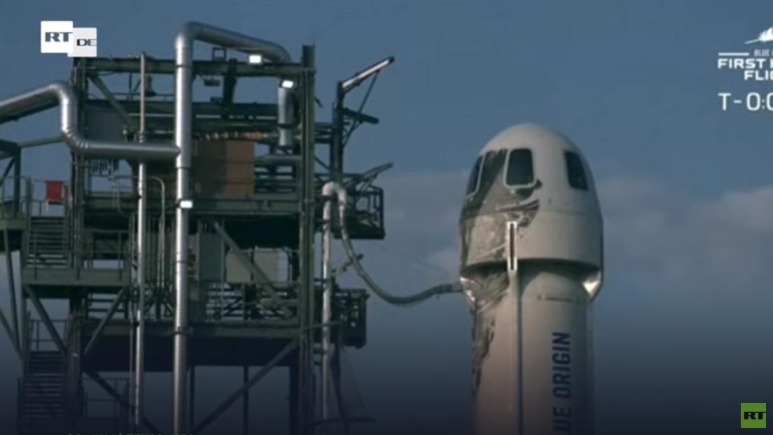 Einmal ins All und wieder zurück: Milliardär Bezos und drei Touristen fliegen in den Weltraum