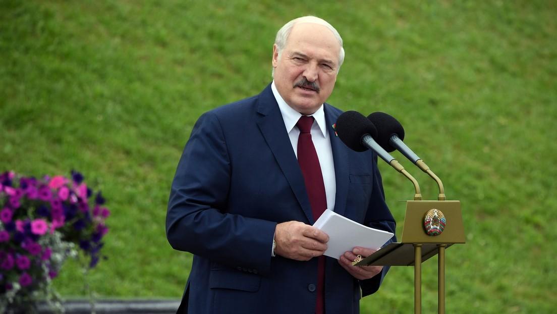 Lukaschenko unterzeichnet Dekret zur Übertragung Teils der Funktionen des Präsidenten an Regierung
