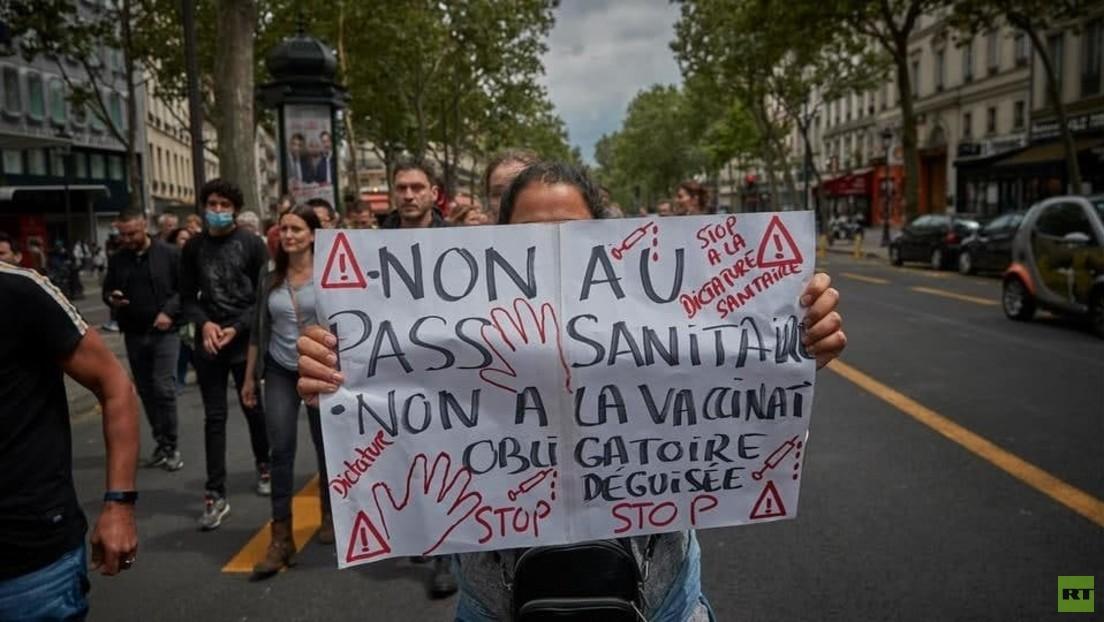 LIVE aus Paris: Corona-Protest gegen Gesundheitspässe und Impfpflicht