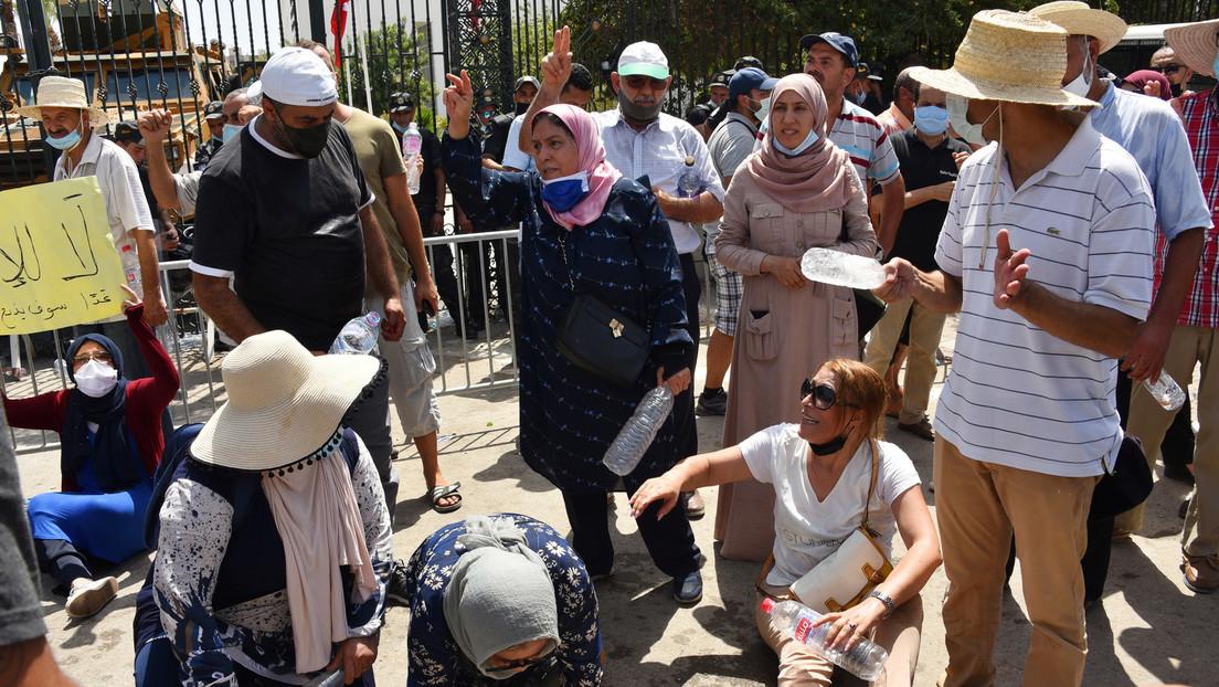 Ausgangssperre und Versammlungsverbot in Tunesien verhängt