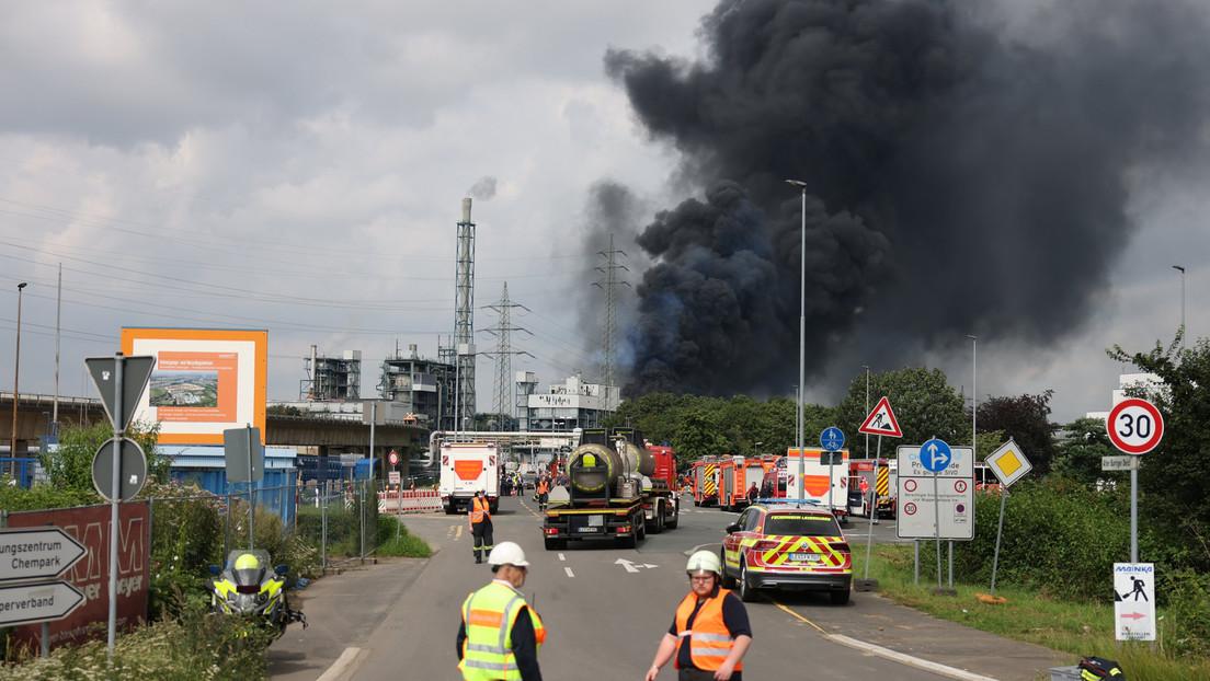 Explosion in Leverkusen: Bisher ein Toter, vier Schwerverletzte und zwölf Verletzte