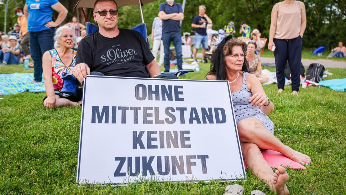 "Zwei angekündigte ""Querdenken""-Demos in Berlin verboten"