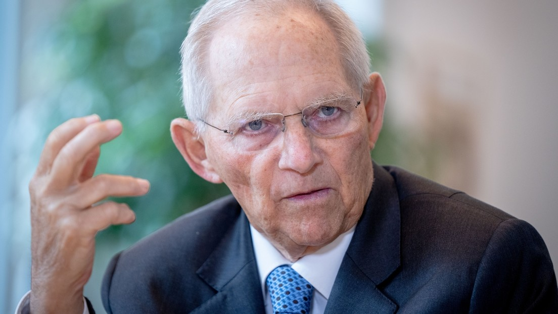 Schäuble will Druck und Einschränkung von Freiheiten für Ungeimpfte
