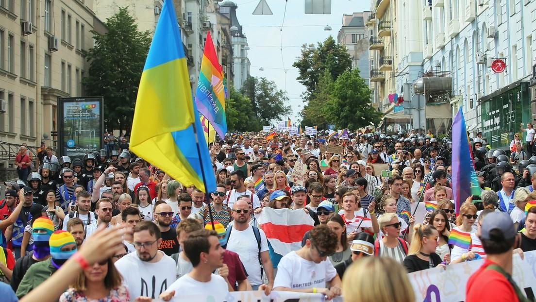 Kiew: Nationalisten greifen LGBT-Aktivisten neben Präsidentenbüro an