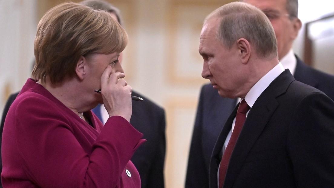 Gespräche in höchster Tonlage: Historiker über Telefonverhandlungen zwischen Putin und Merkel