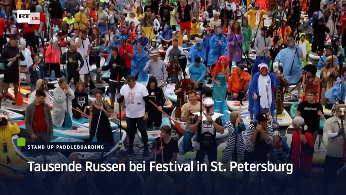 Massenversammlungen verboten: Dennoch Tausende bei Festival in Sankt Petersburg
