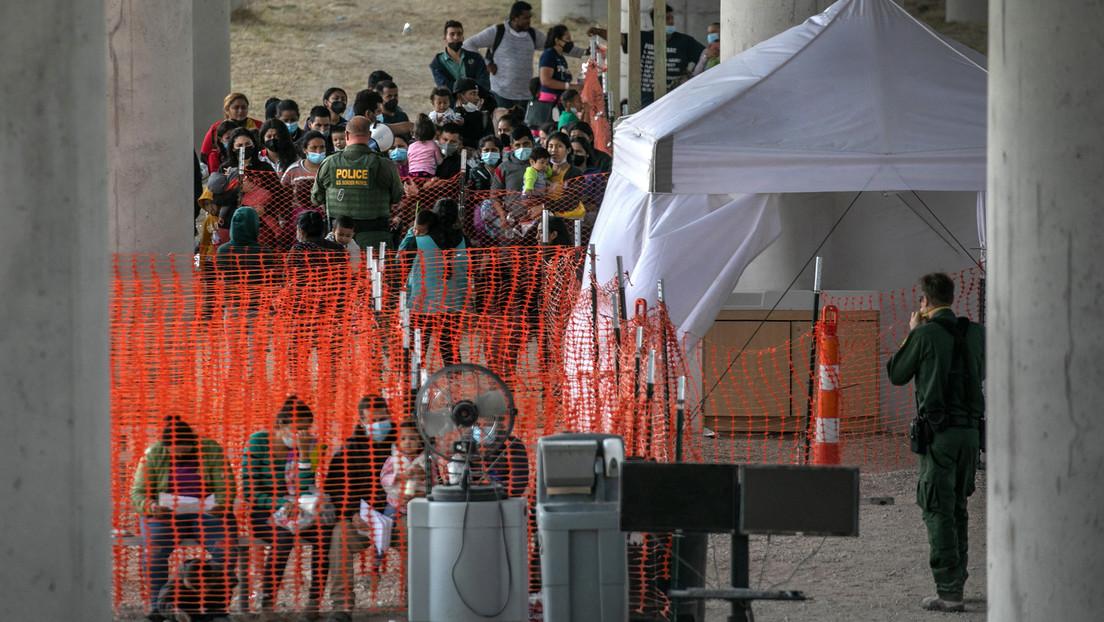 Unschöne Bilder für die Biden-Regierung: Drohnenaufnahmen zeigen illegale Migranten