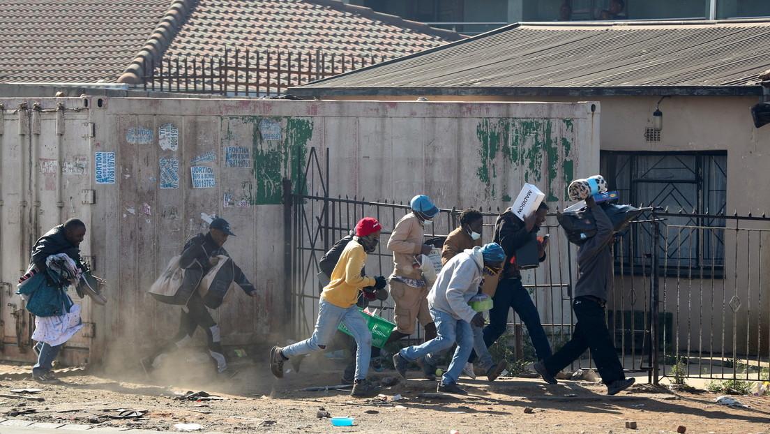 Zulu-Anführer: Unruhen in Südafrika nur Probelauf für noch schlimmere Gewalt