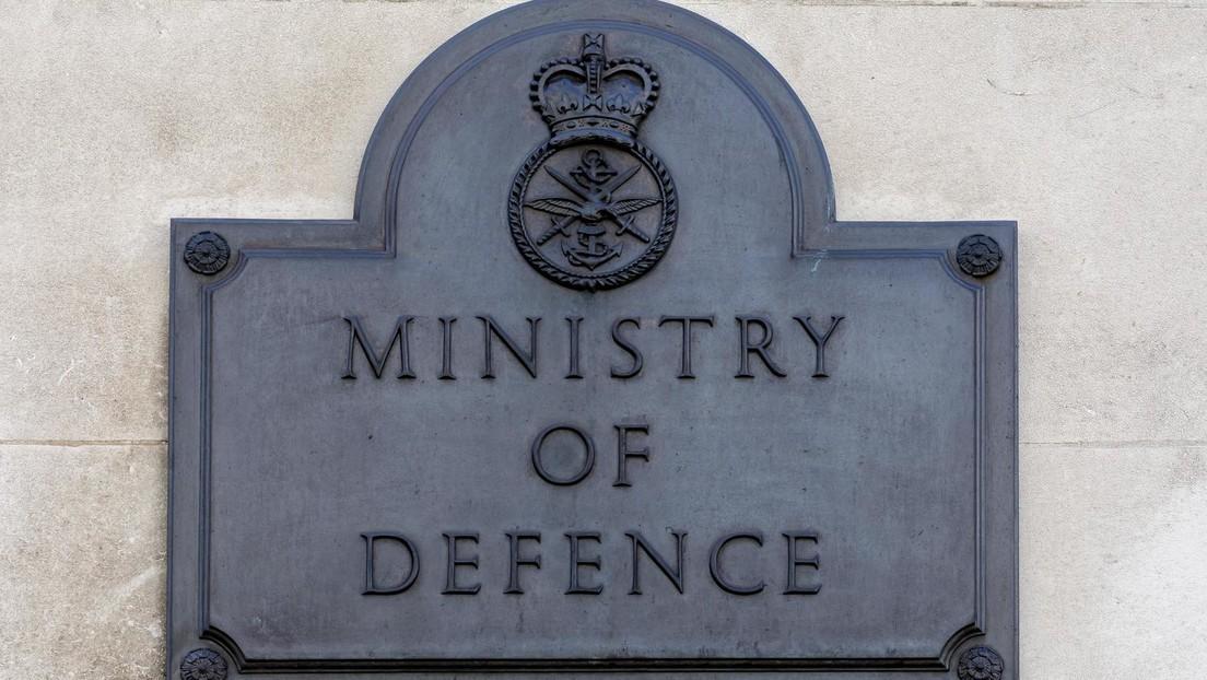 Guardian: Kandidat für Amt des britischen NATO-Vertreters verlor Geheimakte an Bushaltestelle