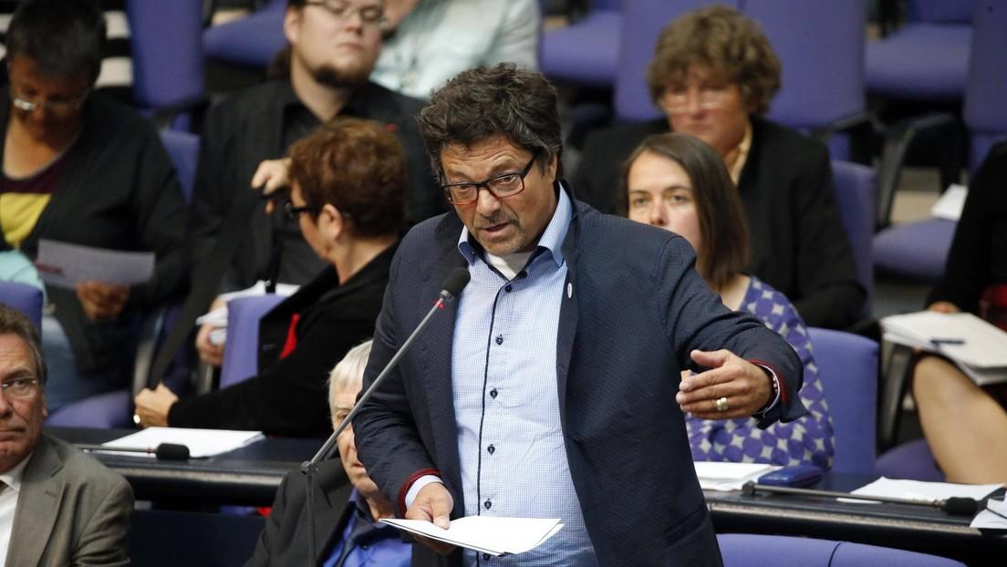 """Diether Dehm zu Polizeigewalt in Berlin: """"Abstoßend und ein Tiefschlag gegen unsere Grundrechte"""""""