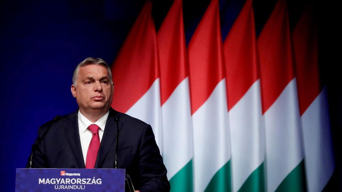 """Orbán zu """"Fox News""""-Moderator Carlson: Westliche Liberale fühlen sich durch Ungarns Erfolg bedroht"""