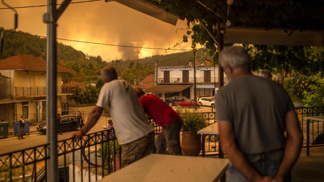 """""""Dramatischer"""" Kampf gegen Brände in Griechenland, Italien und der Türkei"""