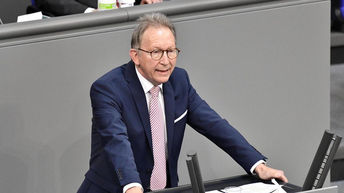 CDU-Politiker: Wir werden auch noch in fünf Jahren alle Masken tragen