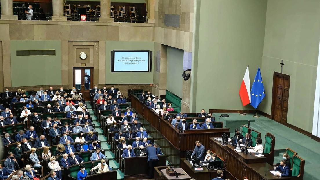 Polnisches Parlament billigt restriktives  Mediengesetz – USA drohen mit Investitionskürzungen