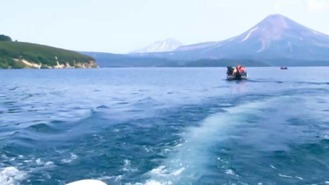 Nach Absturz auf Kamtschatka: Retter entdecken Hubschrauber-Wrack und Leiche des ersten Opfers