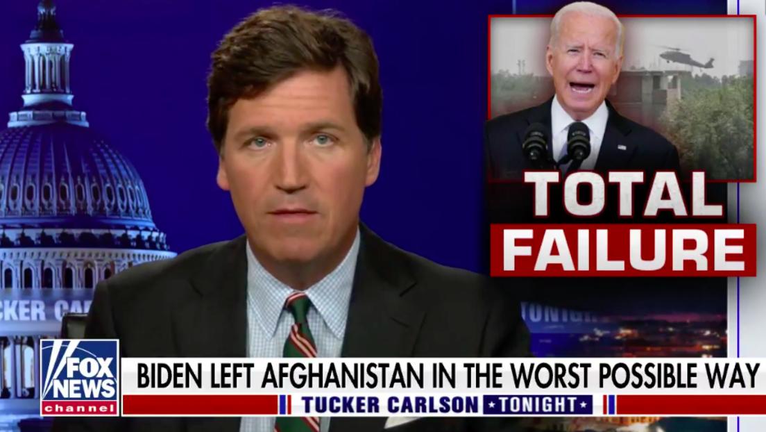 """Tucker Carlson angewidert vom US-Establishment: """"Wir werden von Deppen geführt"""""""