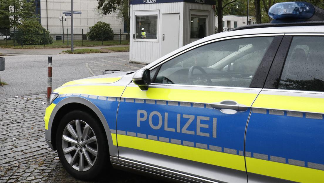 Tritte gegen Kopf: Schüler in Hamburg gehen auf Polizisten los