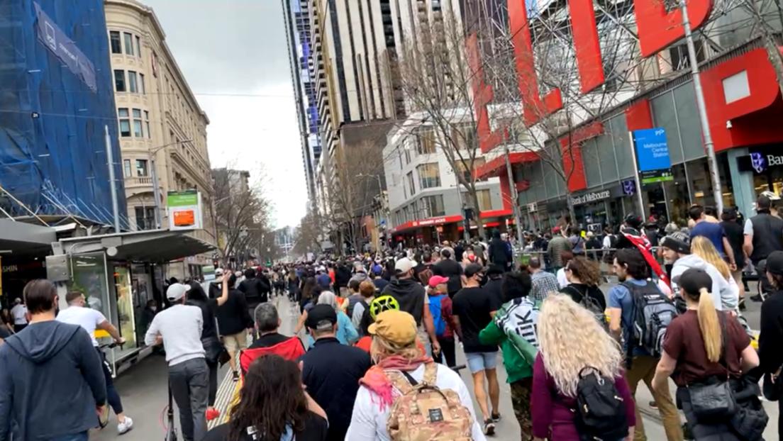 Zusammenstöße und Festnahmen in Sydney und Melbourne bei Protesten gegen Corona-Maßnahmen