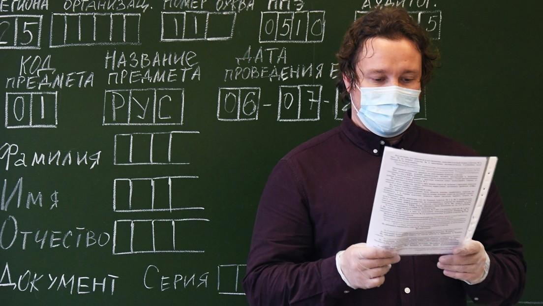 Moskau: Maskenpflicht für Lehrer im Unterricht entfällt
