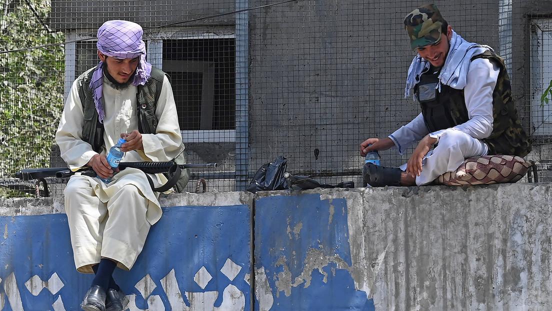 Taliban wollen mehrere Gates des Flughafens in Kabul übernommen haben