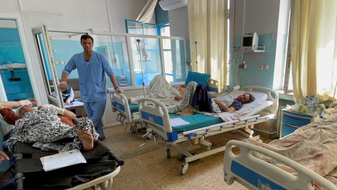"""""""Die Amerikaner eröffneten das Feuer"""" – Augenzeugen des Anschlags am Flughafen Kabul berichten RT"""