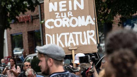 Trotz Verbots: Tausende demonstrieren in Berlin gegen Corona-Maßnahmen