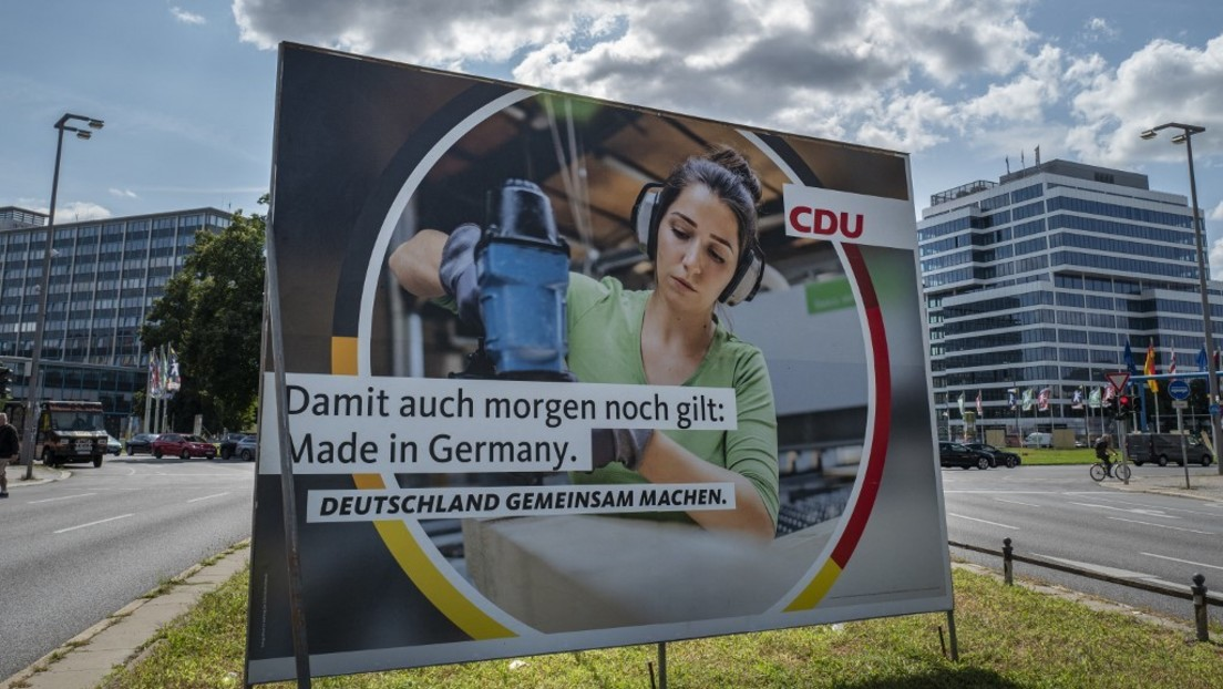 Medienbericht: Grünen-Kandidatin soll beim Überkleben von CDU-Plakaten erwischt worden sein