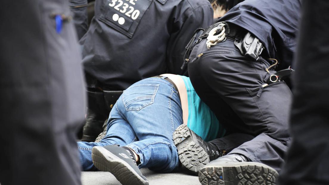 Polizeigewalt am 1. August in Berlin: Keine Disziplinarverfahren gegen beteiligte Beamte eingeleitet