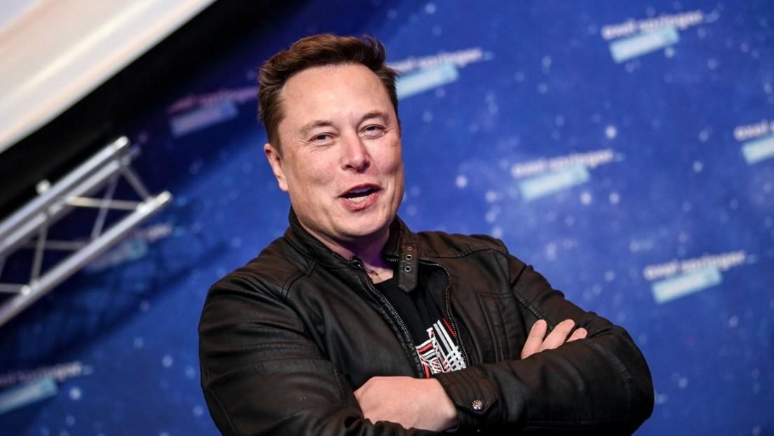 Enkel und Urenkel des Vaters der sowjetischen Raumfahrt Sergei Koroljow treffen sich mit Elon Musk