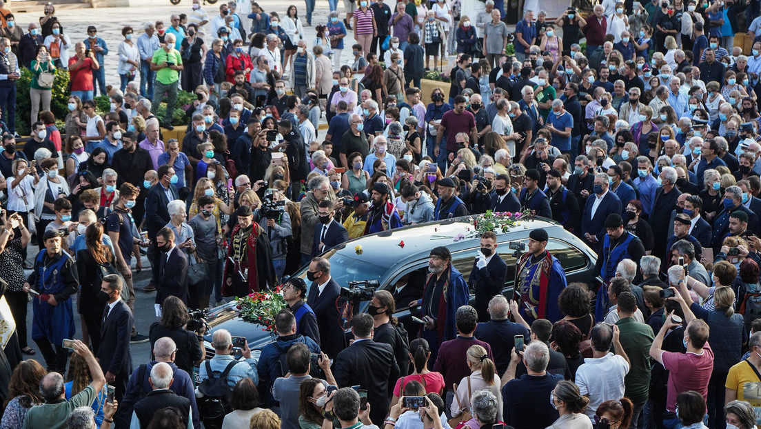 LIVE: Beerdigung des griechischen Komponisten und Politikers Mikis Theodorakis