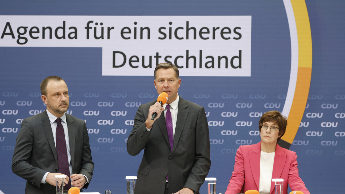 """""""Wir leben NATO"""": AKK bezeichnet Atlantisches Bündnis als """"Eckstein"""" für die äußere Sicherheit"""
