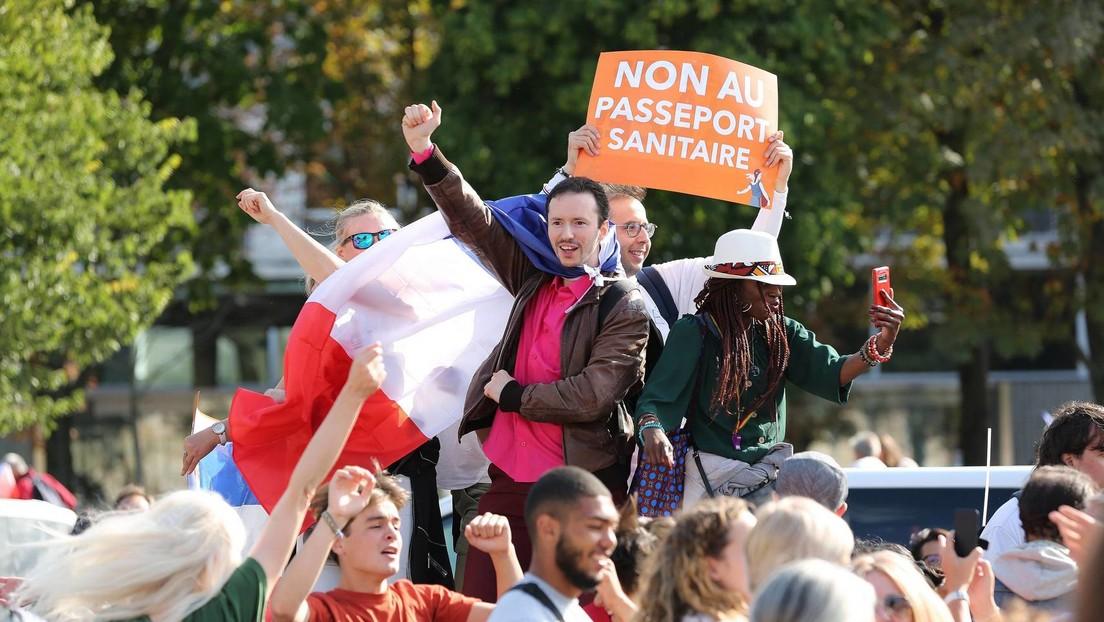 LIVE: Demonstration in Paris gegen Corona-Maßnahmen und Gesundheitspass