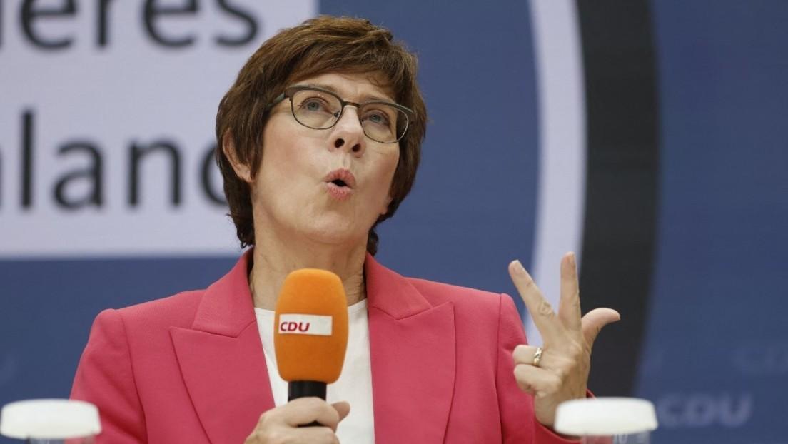 Medienbericht: Kramp-Karrenbauer versorgt engen Vertrauten vor Bundestagswahlen mit sicherem Posten
