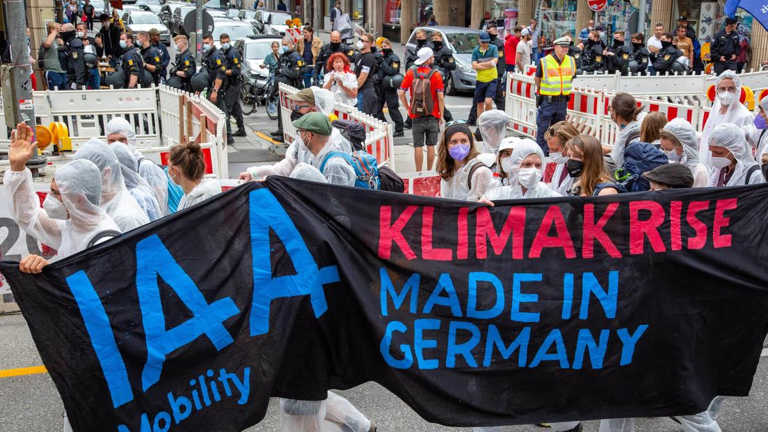 """""""Einschränkung der Pressefreiheit"""" – Journalisten klagen nach Vorfall auf Auto-Messe in München"""