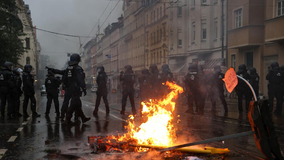 Leipzig: Ausschreitungen auf Antifa-Demo (VIDEO)