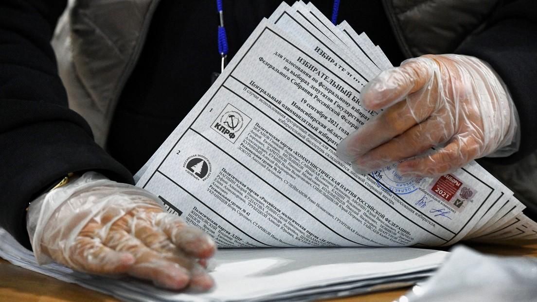 Parlamentswahl in Russland: Laut Exit-Umfrage führt die Partei Einiges Russland mit 45 Prozent