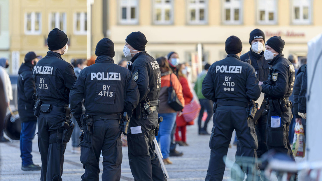 Idar-Oberstein: Tankstellen-Kassierer nach Hinweis auf Maskenpflicht erschossen