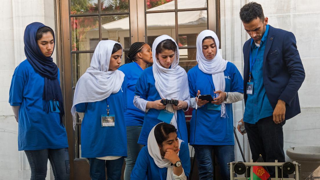 Taliban-Regierung: Frauen dürfen ihre Ausbildung in Schulen und Unis fortsetzen