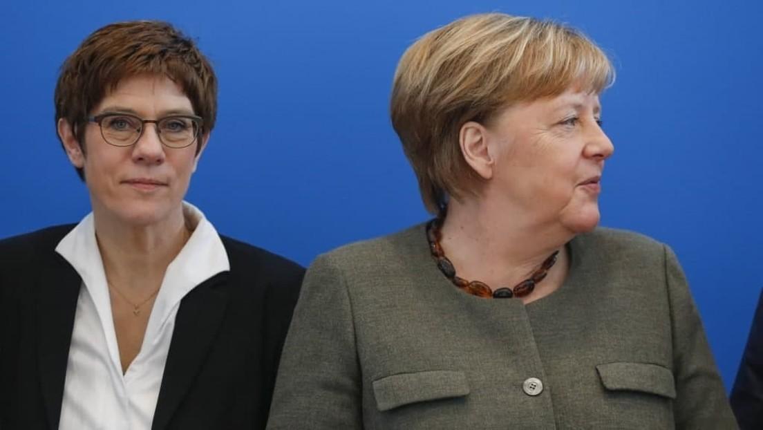 LIVE: Merkel und Kramp-Karrenbauer danken der Bundeswehr