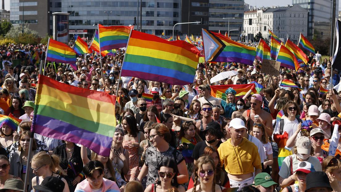 Wegen drohendem Verlust von EU-Hilfen: Erste polnische Region widerruft Anti-LGBT-Resolution