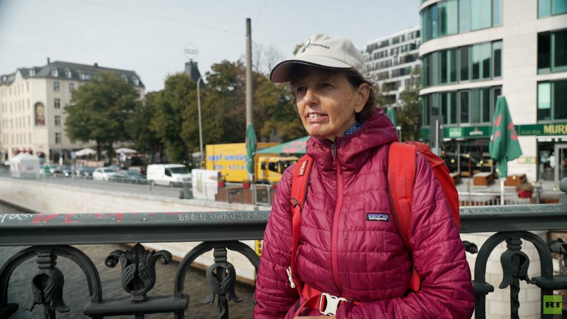 Straßengespräche in Berlin: Keine Lohnfortzahlung für Ungeimpfte?