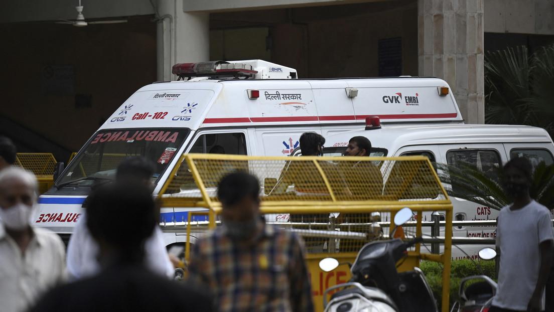 Mord im Gerichtssaal: Zwei als Anwälte verkleidete Killer erschießen Bandenführer in Neu-Delhi